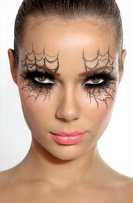 photo maquillage yeux pour halloween