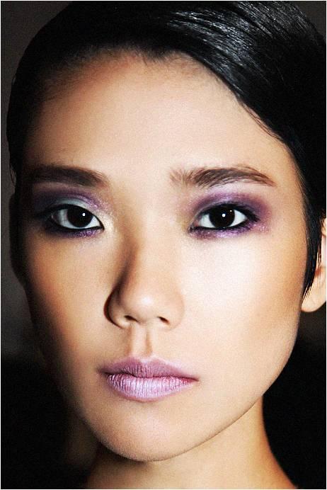 maquillage yeux asiatiques. Black Bedroom Furniture Sets. Home Design Ideas