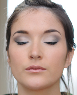 Maquillage simple yeux bleus gris - Maquillage simple yeux ...