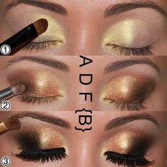 Le maquillage des yeux doré