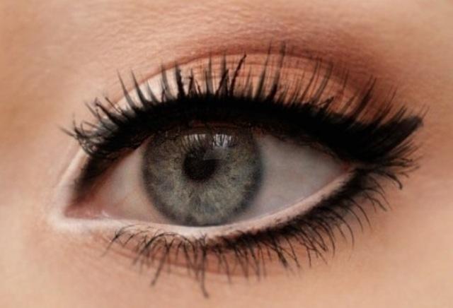 Maquillage des yeux crayon noir – Maquillage des yeux