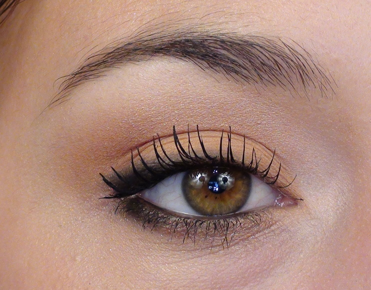 maquillage des yeux l ger maquillage des yeux. Black Bedroom Furniture Sets. Home Design Ideas