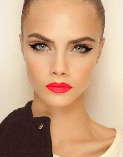 Maquillage des yeux eye liner